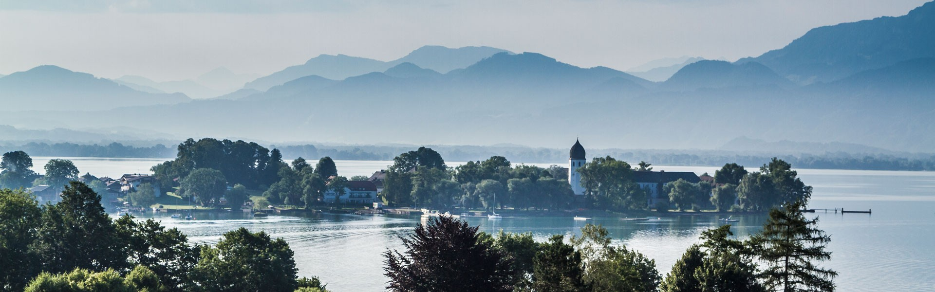 Chiemsee mit Fraueninsel